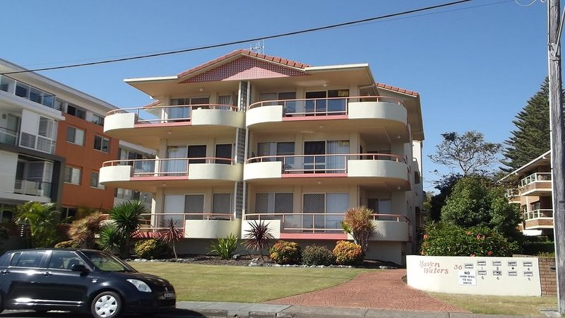 HAVEN WATERS - UNIT 1, 36-38 Little St, Forster, alquiler vacacional en Tuncurry