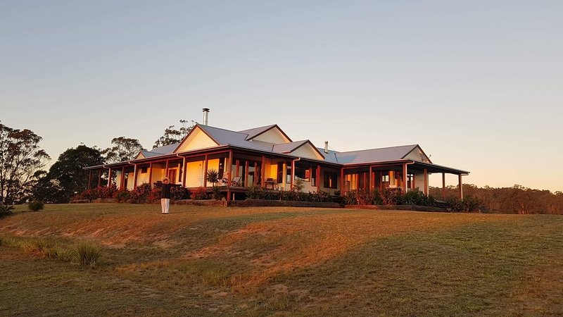 Tooloom Homestead - High Country Escape, holiday rental in Liston