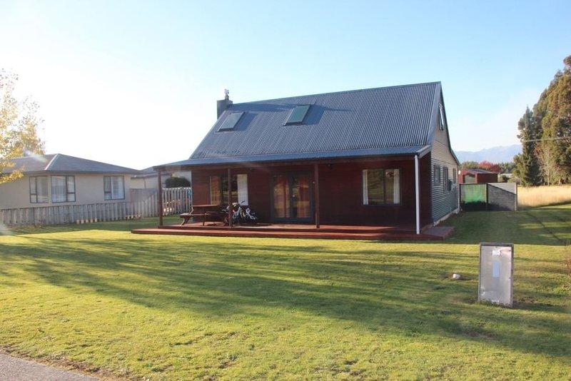 Manapouri Retreat Cottage, alquiler vacacional en Southland Region