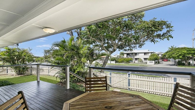 CHARMING RETRO HOUSE, vacation rental in Deception Bay