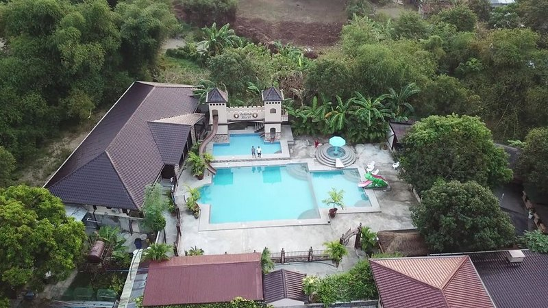 Bella Vista Resort-  Where friends and family gather, holiday rental in San Juan