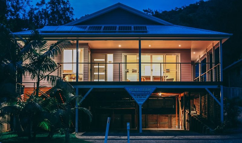 BLUE VOGUE  SUMMER SPECIAL, holiday rental in Seal Rocks