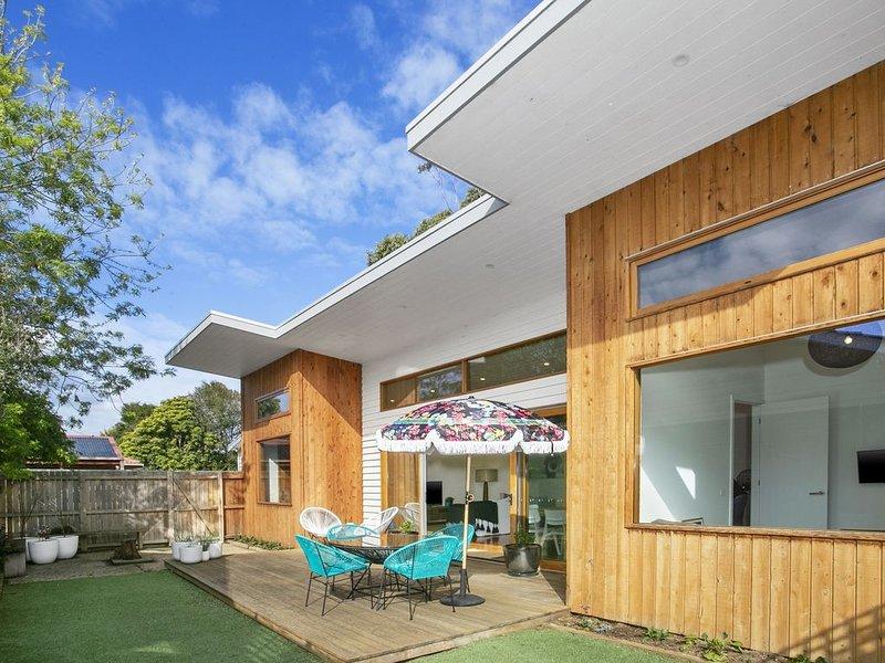 Beach House Bliss- a quintessential beach house, location de vacances à Ocean Grove