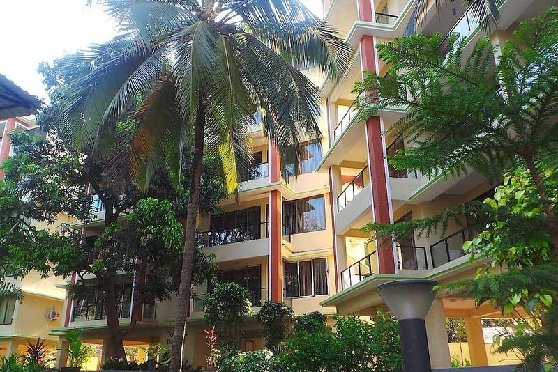 1 BHK Furnished Apartment near Palolem Beach, vacation rental in Cola