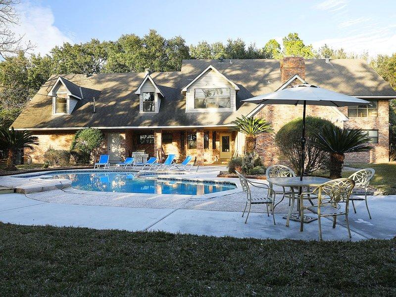 Wedding/Party/Event/35 Beds/40 guests/Private Pool, location de vacances à Missouri City