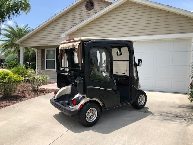 Vacation Home w/ Golf Cart, presented by RE/MAX Premier Property Management, Ferienwohnung in Coleman
