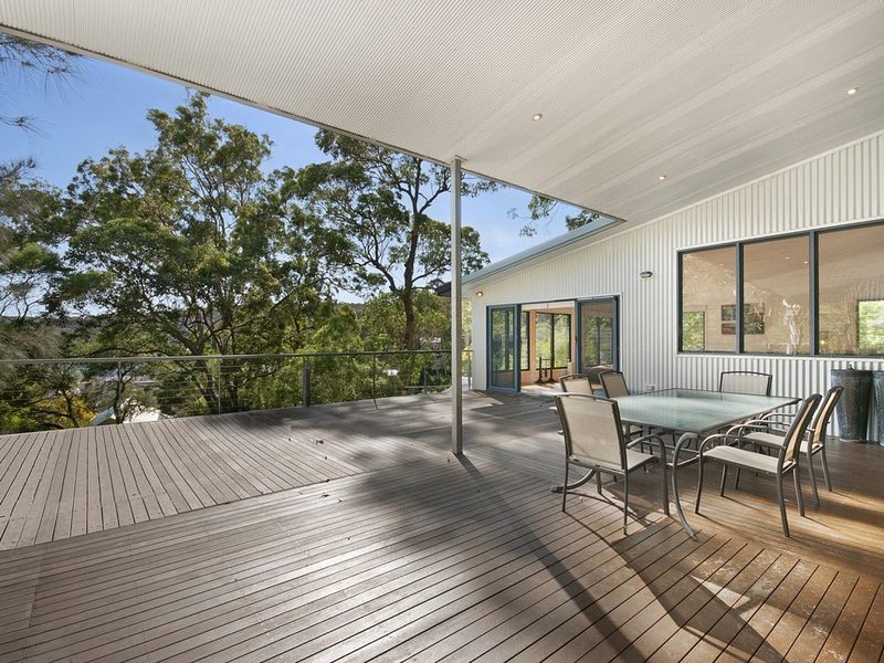 Space and Serenity at Pretty Beach - Wifi included, vacation rental in Ettalong Beach