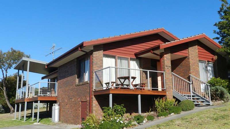 Tura Views, 3 BR House, vacation rental in Candelo