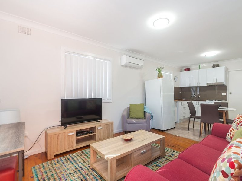 Waratah Beach Break 4 * Windang Beach, vacation rental in Warilla