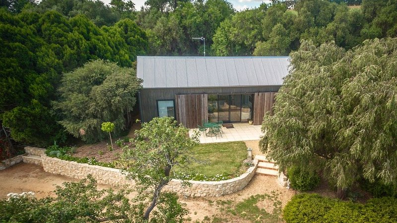 The Garden Cottage at The Olives, vacation rental in Yankalilla