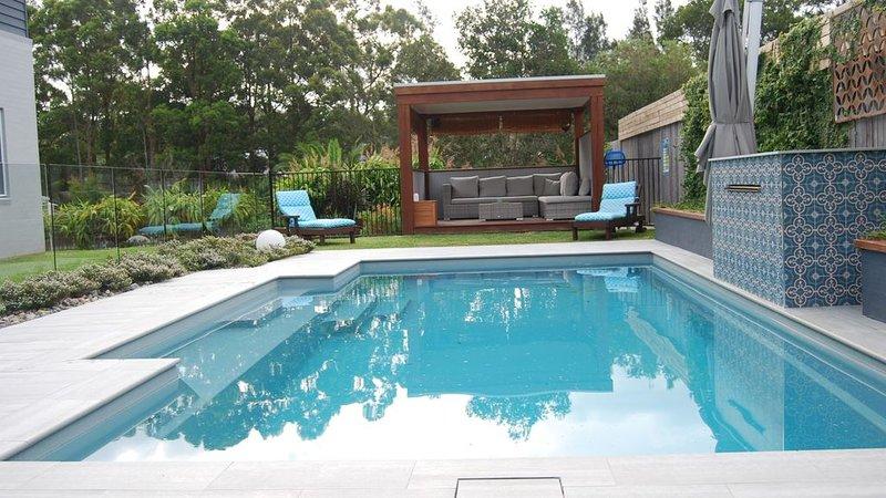 Sunny Grove -pool, family, beaches, lakes, location de vacances à Boolambayte