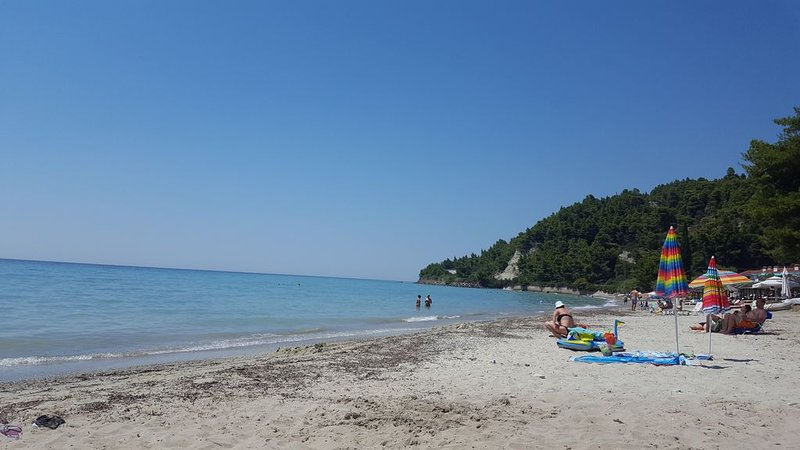 Cozy family friendly house by the sea  (AMA***********), holiday rental in Fourka