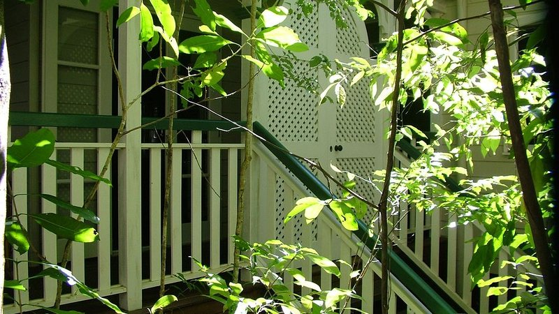 Stoney Creek Cottage is a family friendly, romantic or couples getaway., casa vacanza a Kuranda