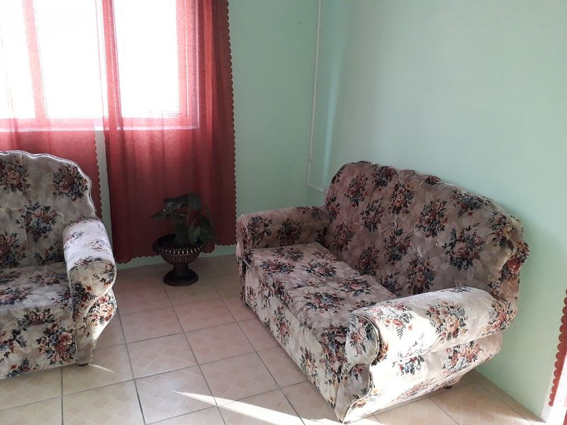 HazelWood Cottage: Beautiful Caribbean Sea views, in a comfortable space., location de vacances à Massacre