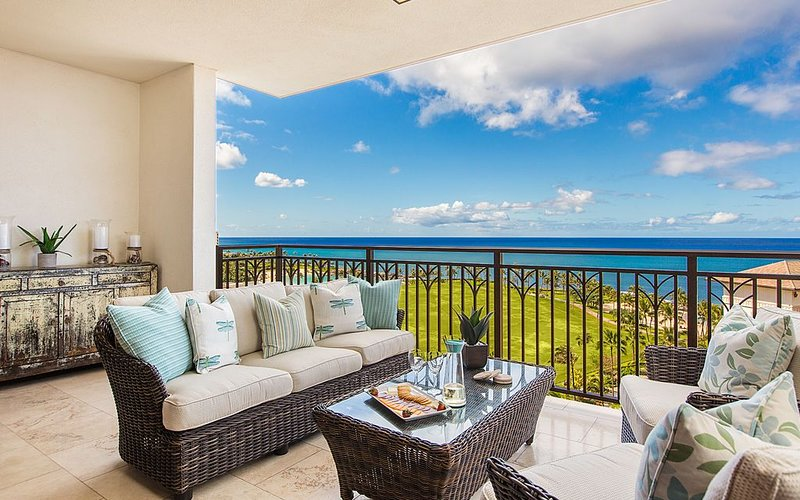 Luxury Ko Olina PENTHOUSE-Direct Ocean Views, Beach, Free Parking, Free Wifi!, vacation rental in Kapolei