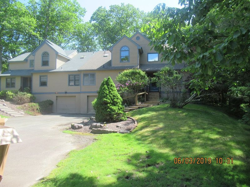 Looking for summer rental - all amenities included, holiday rental in Pricedale