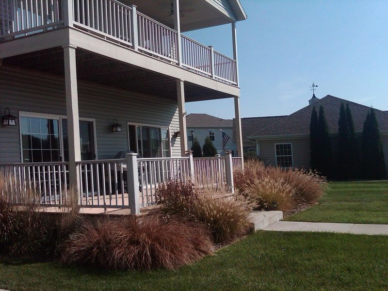 Great Water Views! Pool!, holiday rental in Stevensville