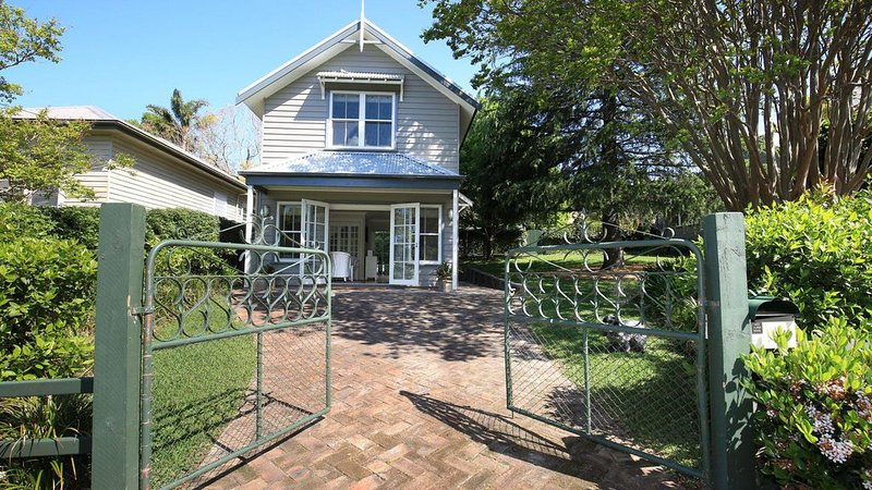 Victoria Cottage - Perfect Weekend Escape!, holiday rental in Berry