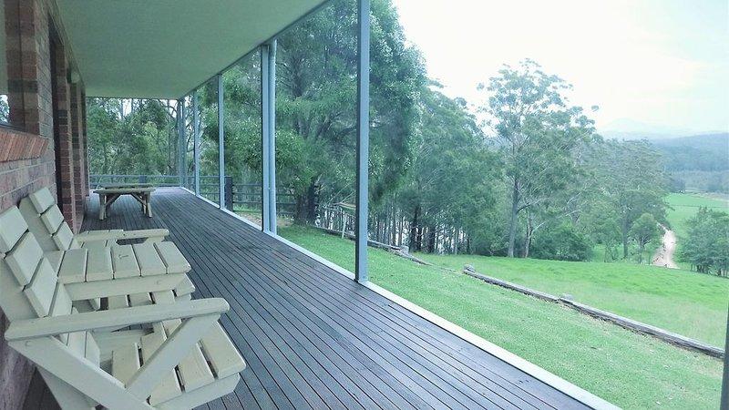 Valley View Retreat - your quiet riverside escape, holiday rental in Eurobodalla