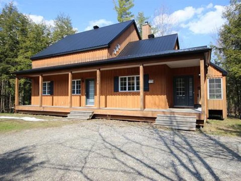 Cottage par le ruisseau 2, holiday rental in North Hatley