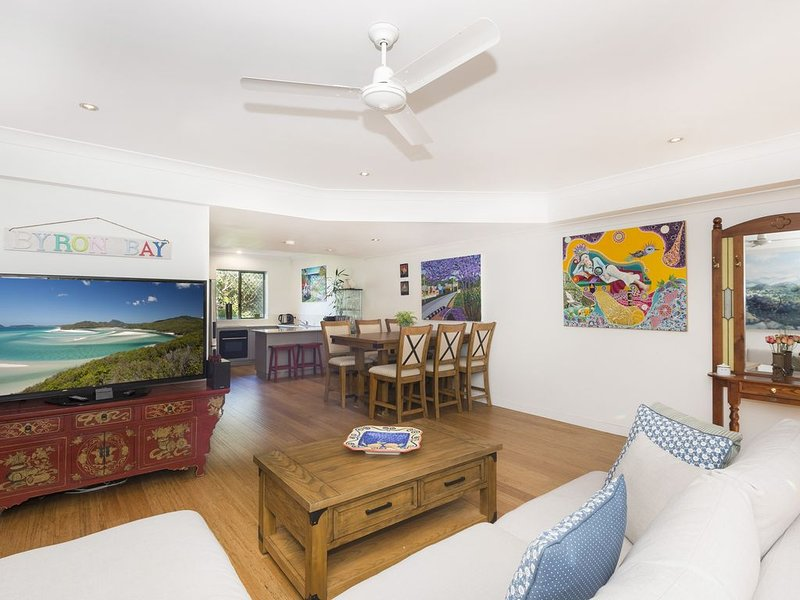 TIGERLILY'S *BELONGIL BEACH BYRON BAY, 100 metres from  Belongil Beach, holiday rental in Byron Bay