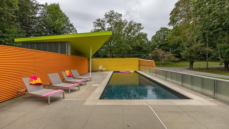 New Listing: Technicolor Paradise, Architectural Masterpiece Amidst..., vacation rental in Shelter Island