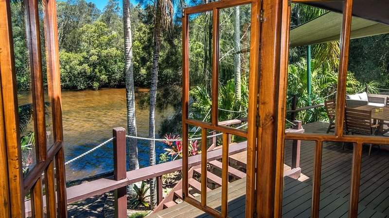 'Stingray' - hosted by North Coast Lifestyle Properties, holiday rental in Ocean Shores