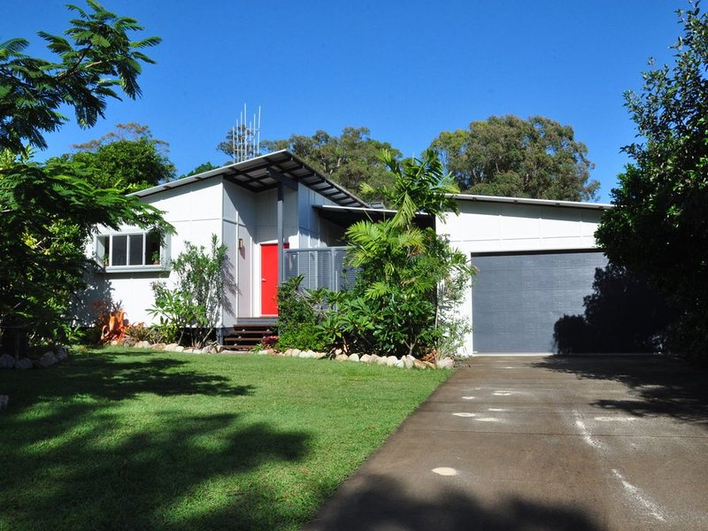 10 Double Island Drive - Modern family home, centrally located, swimming pool & – semesterbostad i Gympie Region