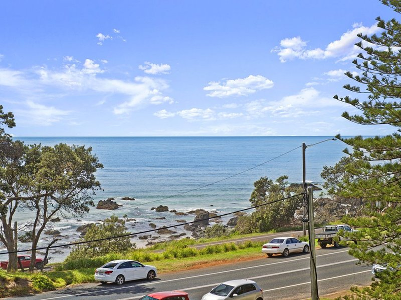 Beachpark 56, 58 Pacific Drive,, holiday rental in Port Macquarie