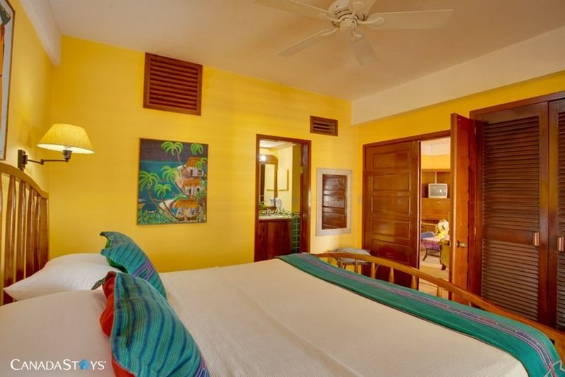 Robert's Grove - One Bedroom Suite - Placencia, vacation rental in Seine Bight Village