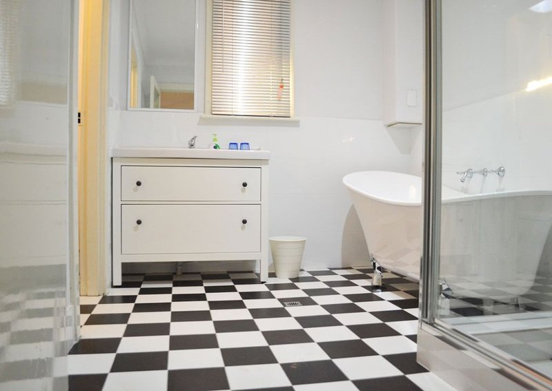 Fremantle Colonial Lodge 4, holiday rental in Spearwood
