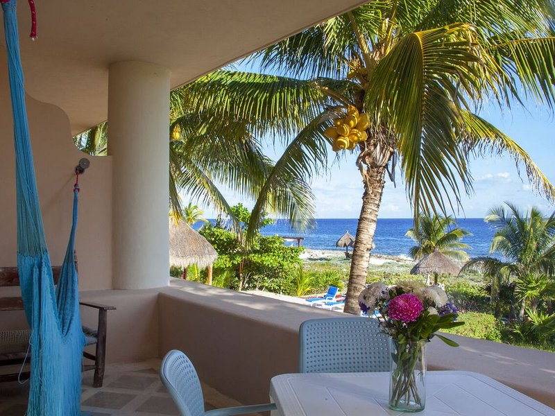 BIG Ocean front 2BR FAST WiFi stay 30+night get 30%off, holiday rental in Solidaridad