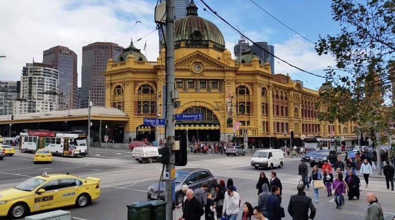 Short tram ride or walk to Melbourne CBD