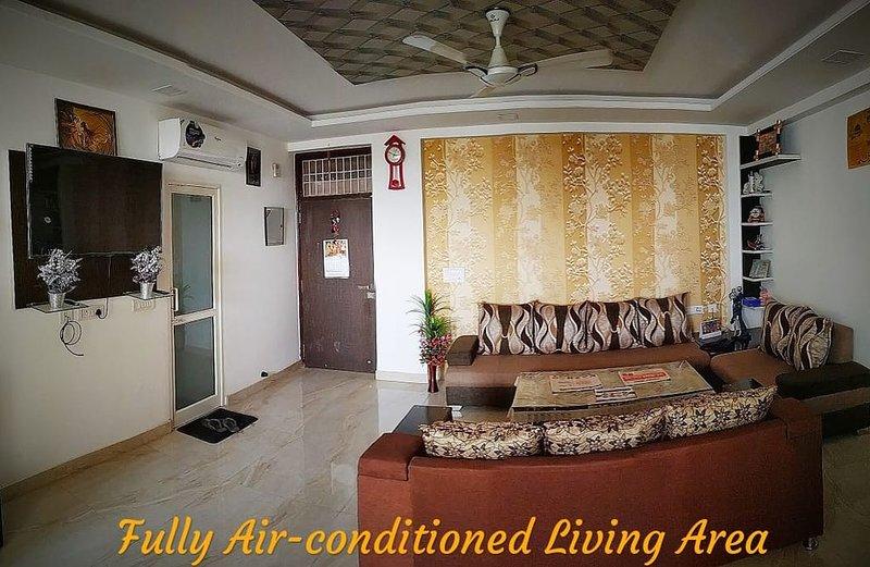 Luxury HomeStay Near Jaipur Airport, holiday rental in Durgapura