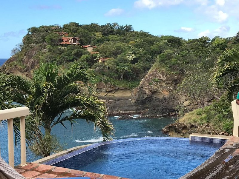 Spectacular views over the ocean at Casa Ezulwini, vacation rental in Playa Gigante