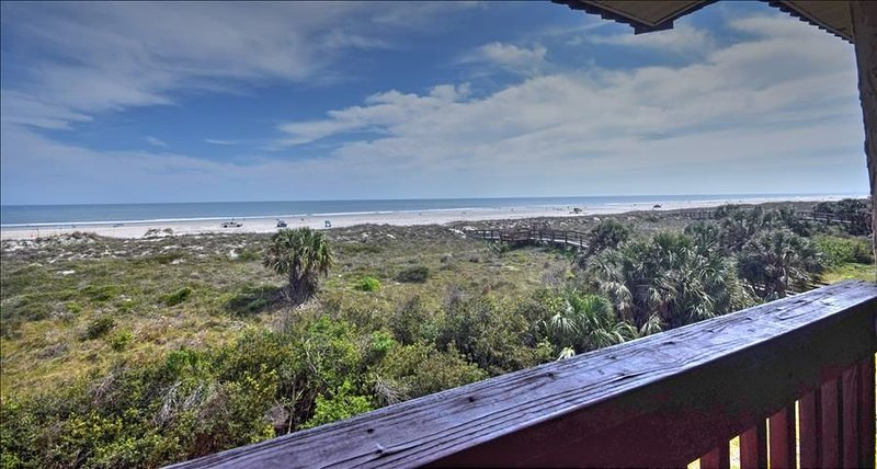 SOR8315: Breathtaking Ocean Front View for this 2 bedroom condo, vacation rental in Saint Augustine Beach