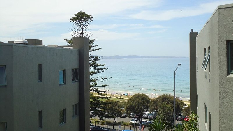 Apartment A107, Lorne, holiday rental in Lorne