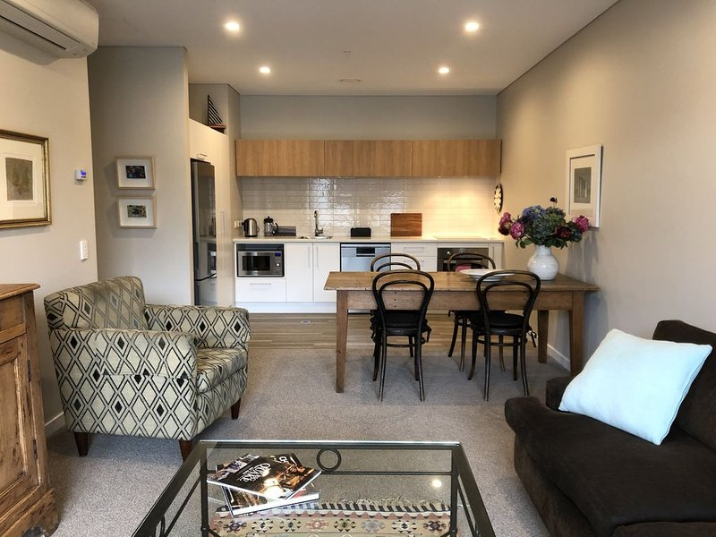 Central City Apartment, vacation rental in Christchurch