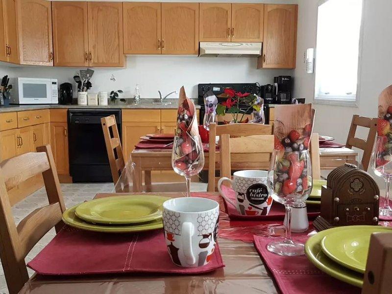 Crestview Guest House - Crestview Guest House - Standard Room F03, location de vacances à Chapleau