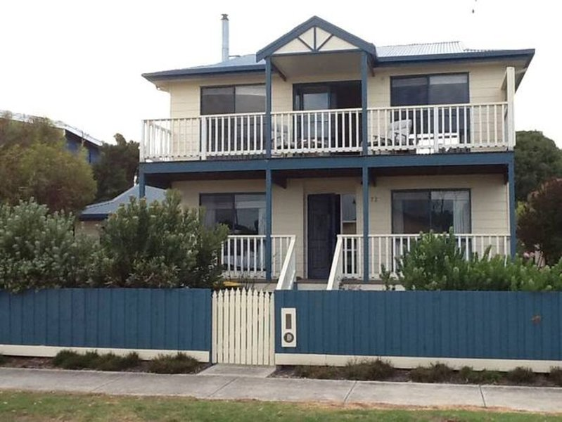 Surf Beach Holiday House, holiday rental in Cape Paterson