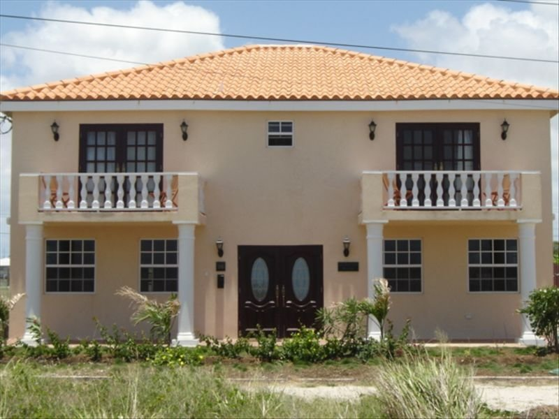Barbados Luxury Villa/Pool/Hot Jacuzzi/Outdoor Beds/Cliff Top Near Crane Beach, location de vacances à Saint Philip Parish