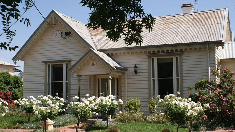 Charlotte's Cottage, Port of Echuca, holiday rental in Echuca