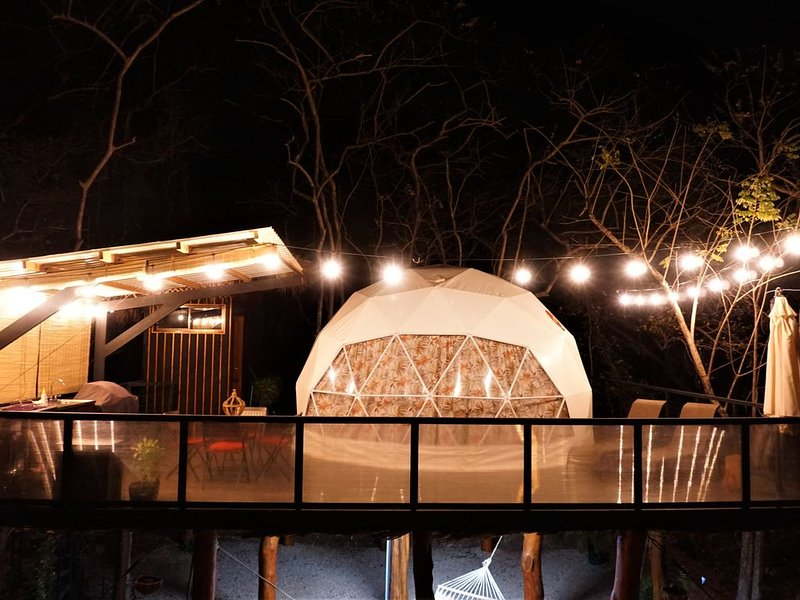 Cocolhu Glamping Dome, vacation rental in Tamarindo