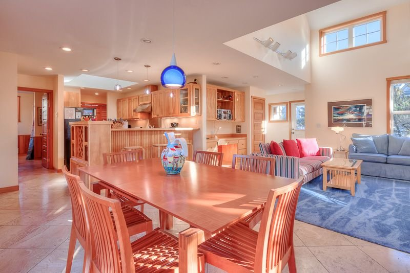 Gorgeous Single-Level Home in Shorepines with Easy Beach Access, vacation rental in Pacific City