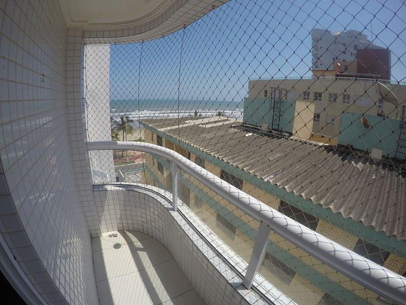Apto beira mar, localização tranquila, ótimo para familia que quer sossego, location de vacances à Praia Grande