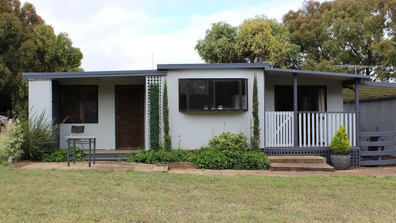 Your own private space, holiday rental in Woodend