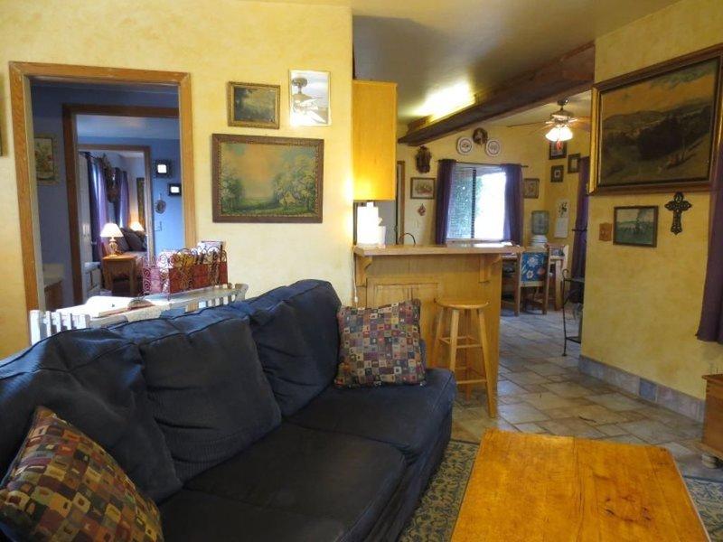 Casita Indigo - Prescott Cabin Rentals, alquiler vacacional en Mayer