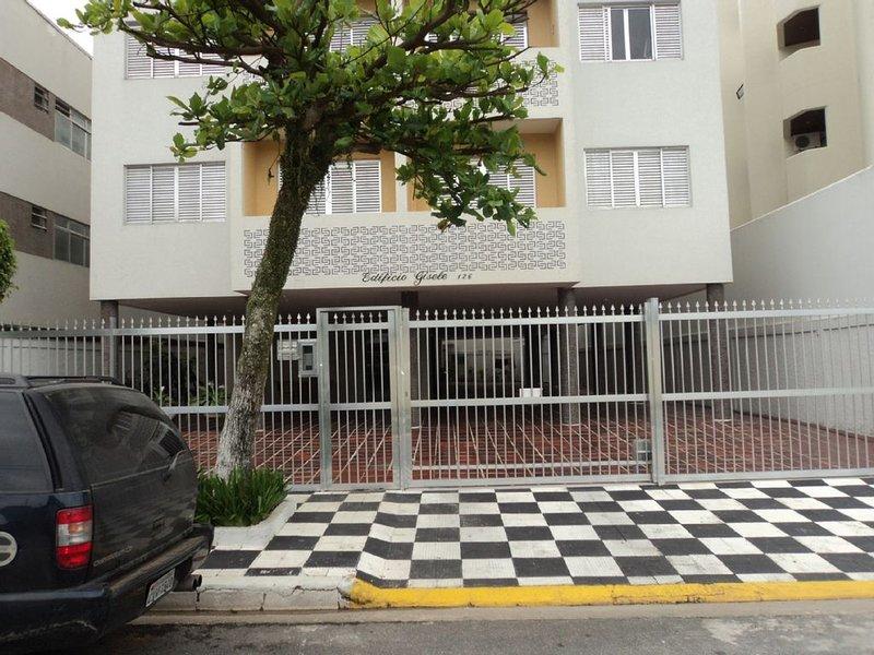 ENSEADA  - Ótima localização à 100 metros da praia até 6 pessoas, location de vacances à Guaruja