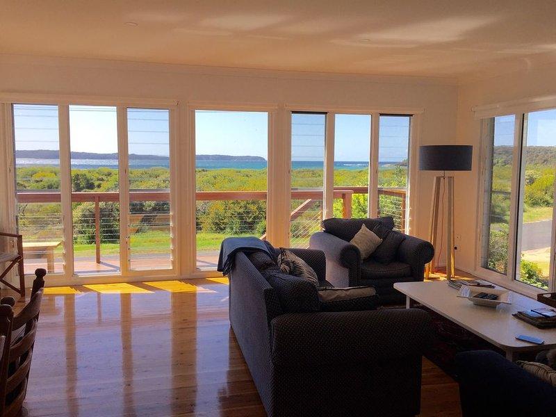 Island View Beach House, location de vacances à Moruya