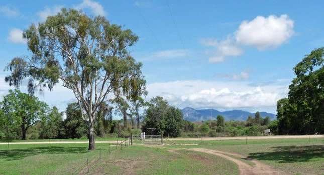 Elliot River Retreat, holiday rental in Bowen